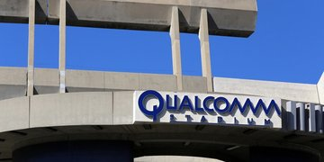 "Qualcomm wins partial stay amid ""divided"" US government"