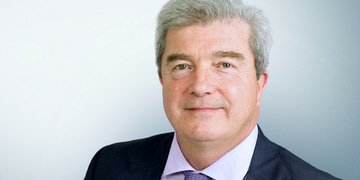 Davies to leave Freshfields after 36 years