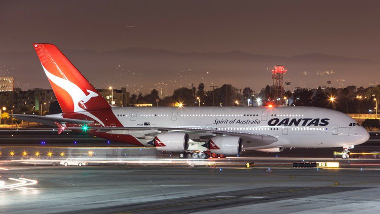 Qantas says Cathay alliance will be pro-competitive after ACCC shows concern
