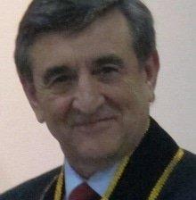 Alejandro M Garro