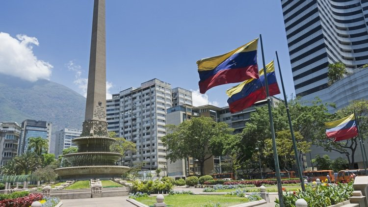 Venezuelan opposition turns to Sullivan & Cromwell for restructuring