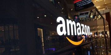 India probes Amazon and Flipkart