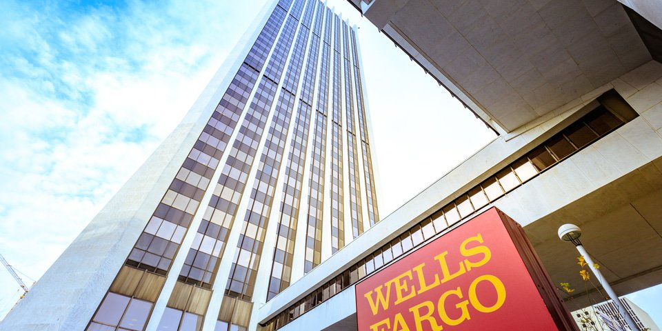 "Wells Fargo employees routinely warned leadership of ""growing plague"" of misconduct"