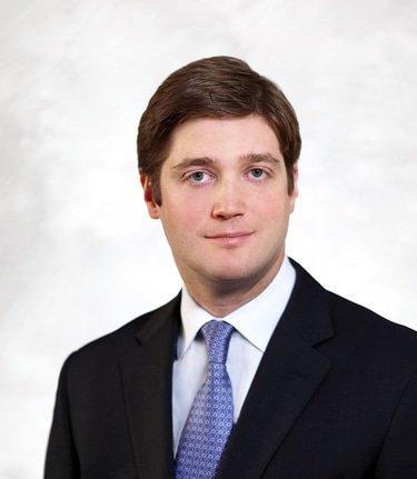 Canadian firm promotes ex-Freshfields lawyer to partner