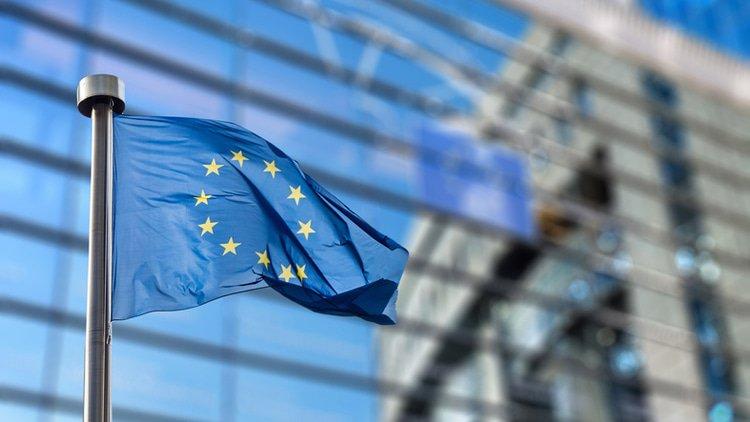 EU hits Qualcomm with predatory pricing fine