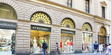 Italian fashion brand Stefanel collapses in Italy and the UK
