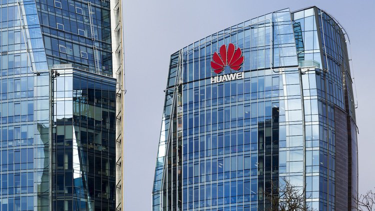 Huawei rejects IEEE policy for some ethernet patents
