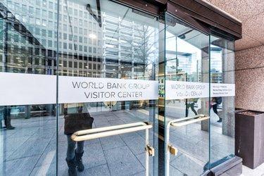 World Bank anti-corruption chief departs
