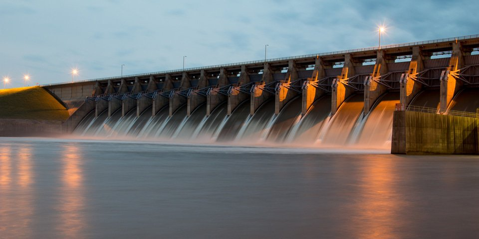 Polaris buys Peruvian hydro projects