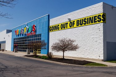 Toys 'R' Us creditors to vote on Chapter 11 plans