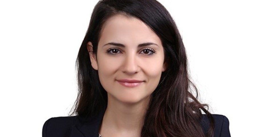 Curtis hires from Freshfields in Dubai