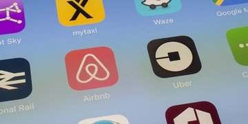 Airbnb hit by claim over removed West Bank listings