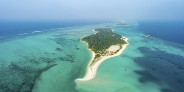 Maldives settles dispute with island developer