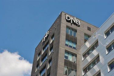 Norwegian regulator chides DNB over money laundering controls