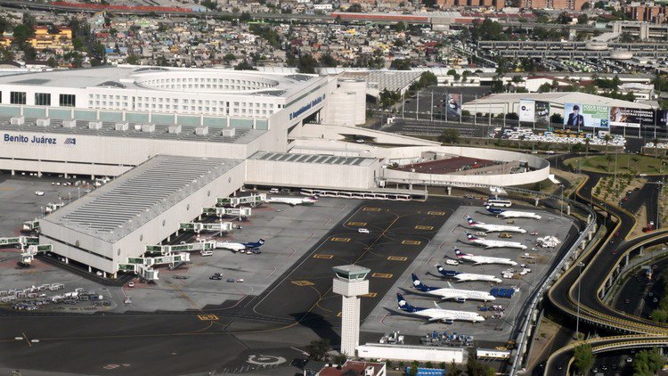 Mexico restructures scrapped airport's debt