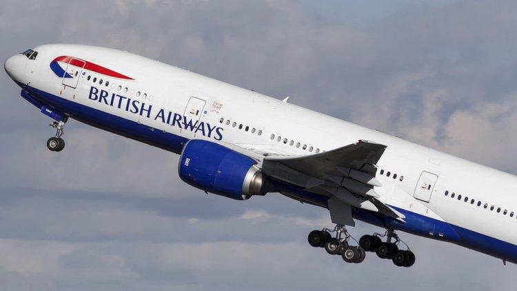 UK investigates transatlantic airline agreement