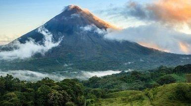 Clifford Chance, Hogan Lovells and Consortium in Costa Rica debt tap