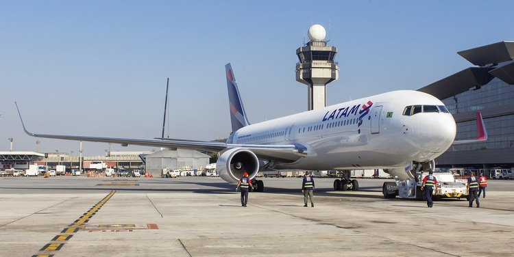LATAM Airlines Brazil makes tender offer to delist Multiplus
