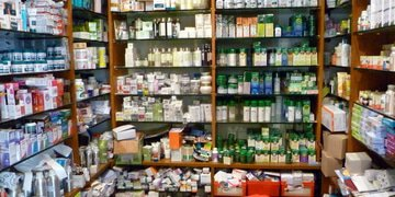 India fines drugmakers and associations