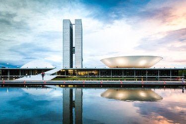 Brazil National Congress urged to pass anti-corruption reforms