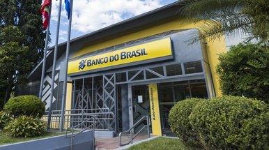 Banco do Brasil raises 5.8 billion reais in share offering