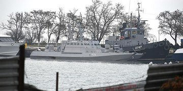 Russia ordered to release Ukrainian vessels and crew