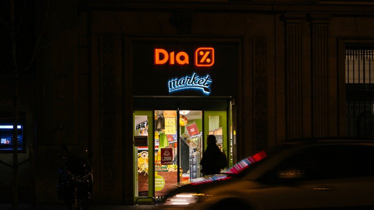 Slate of firms agree Spanish supermarket refinancing