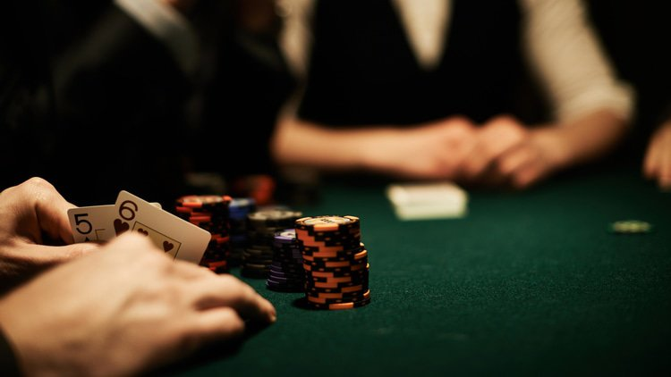 Texas holdem... fraud actions: Canadian court says claim against gambler must wait