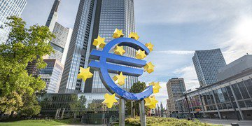 ECB brings in Freshfields partner after Italian bank's turnaround plan collapses