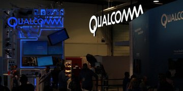 Apple exec: Qualcomm's rebates made rival chips too expensive