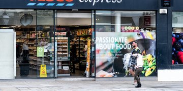 UK supermarket removes anticompetitive property clauses