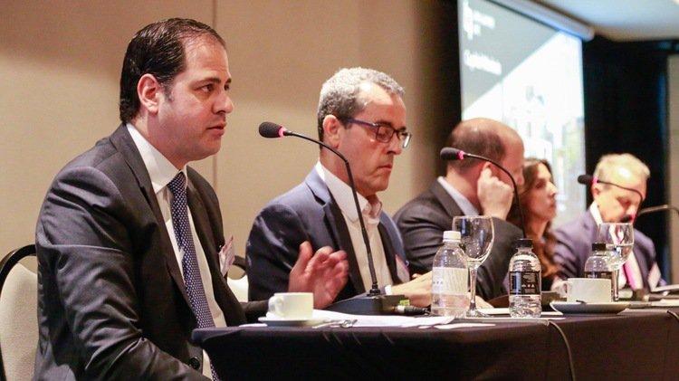 Bolsonaro sending right signs, but investors want action