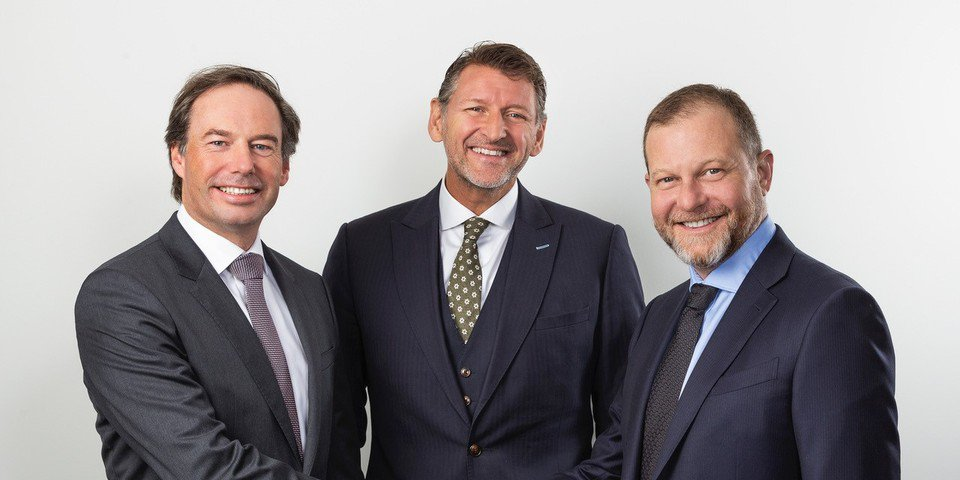 Australian funder to merge with Dutch rival