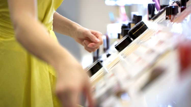 Swiss cosmetics distributor survives winding-up, despite lacking defence