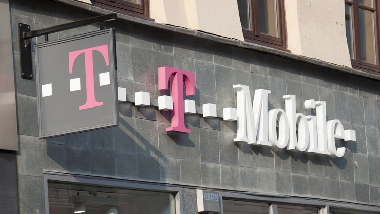 State AGs sue to block T-Mobile/Sprint