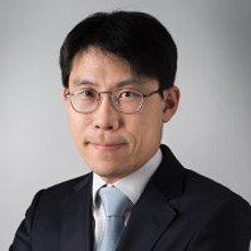 Chang Woo Lee