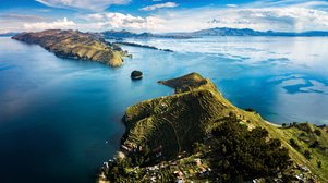 Mexican duo signs Lake Titicaca water management contract