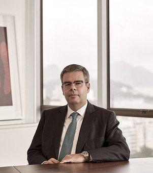 Maurício Santos