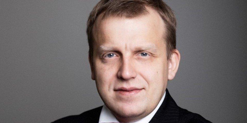 Russian firm hires from Dechert