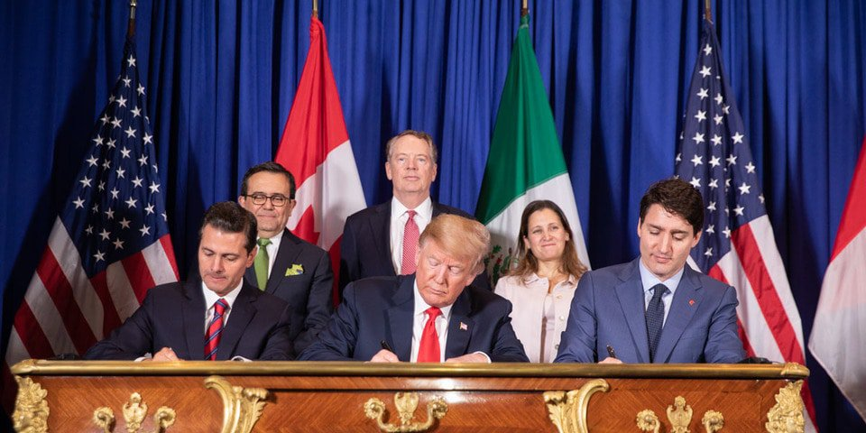 """Revised """"new NAFTA"""" signed in Mexico"""