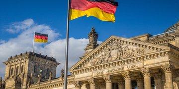 "German lawyers react to ""far-reaching"" draft amendment"