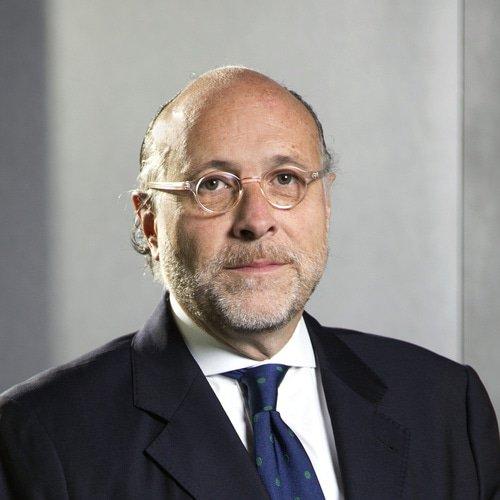 Luis A Nicolau Gutierrez