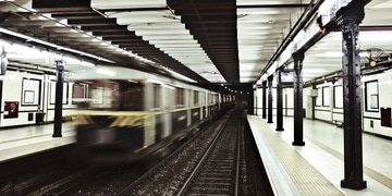 Multiple firms in project finance deal to expand Lima metro