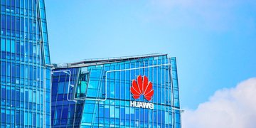 Huawei hit with barrage of charges from US authorities