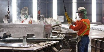 Belgian zinc smelter restructures in London and New York