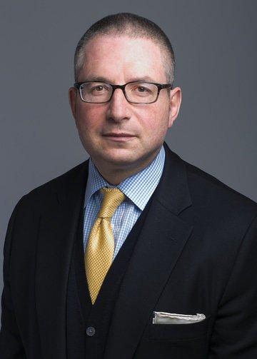 Alex  Lipman