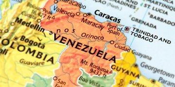 """Judge hears details of """"staggering"""" billion-dollar Venezuela bribery scheme"""