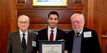 Cypriot academic wins essay prize from New York club