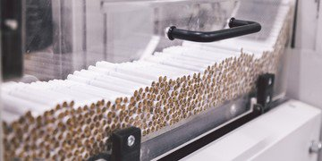 Tobacco maker threatens Ukraine with treaty claim