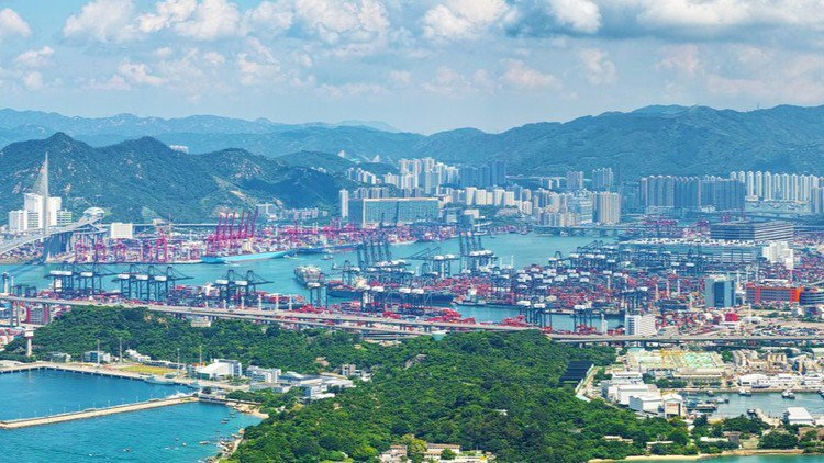 Port alliance probed in Hong Kong
